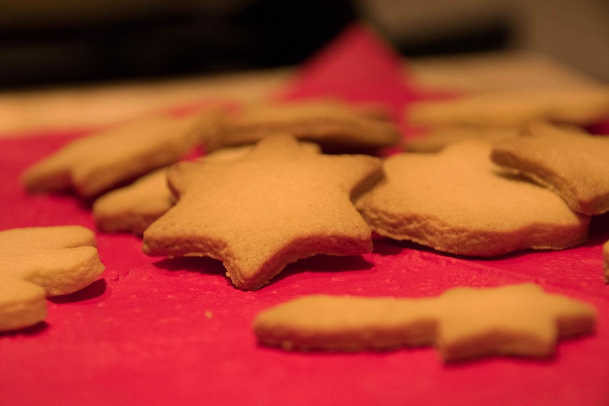 kerstkoekjes-bakken